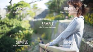 【中城城跡】景色を眺める美少女 写真素材