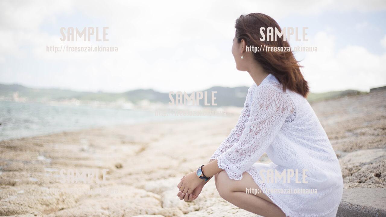 【西原マリンパーク】シャボン玉を飛ばす美少女2 写真素材