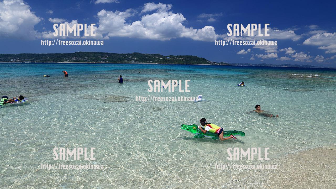 【コマカ島】無人島ビーチ 写真素材