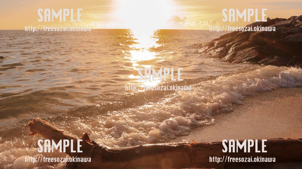 夕焼けの海 写真素材
