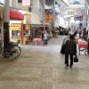 【サンライズ那覇】商店街を歩く 動画素材